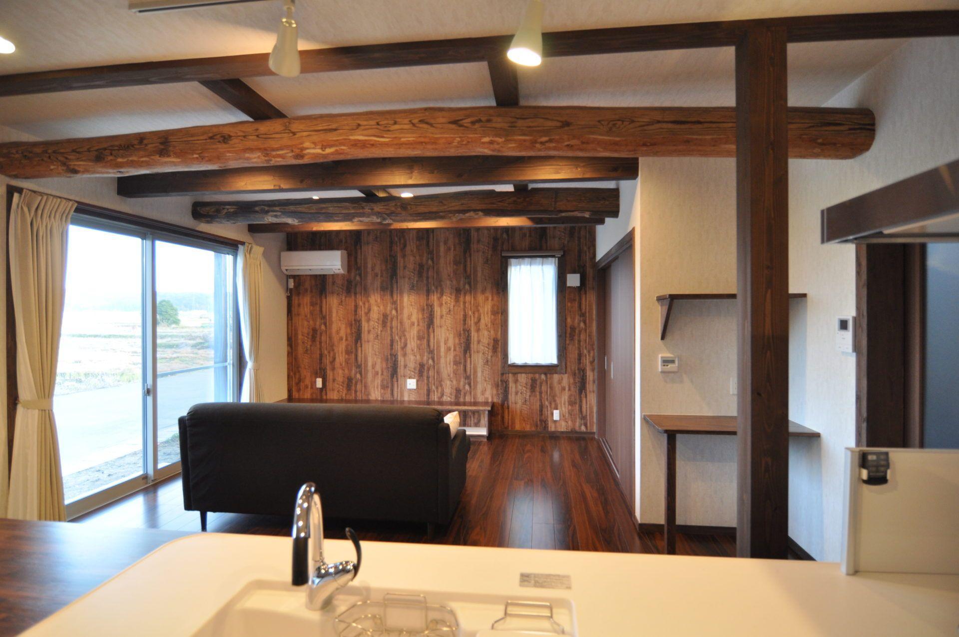有限会社 市川建築店 1級建築士事務所「三条市 I様邸」の和風・和モダンなリビング・ダイニングの実例写真