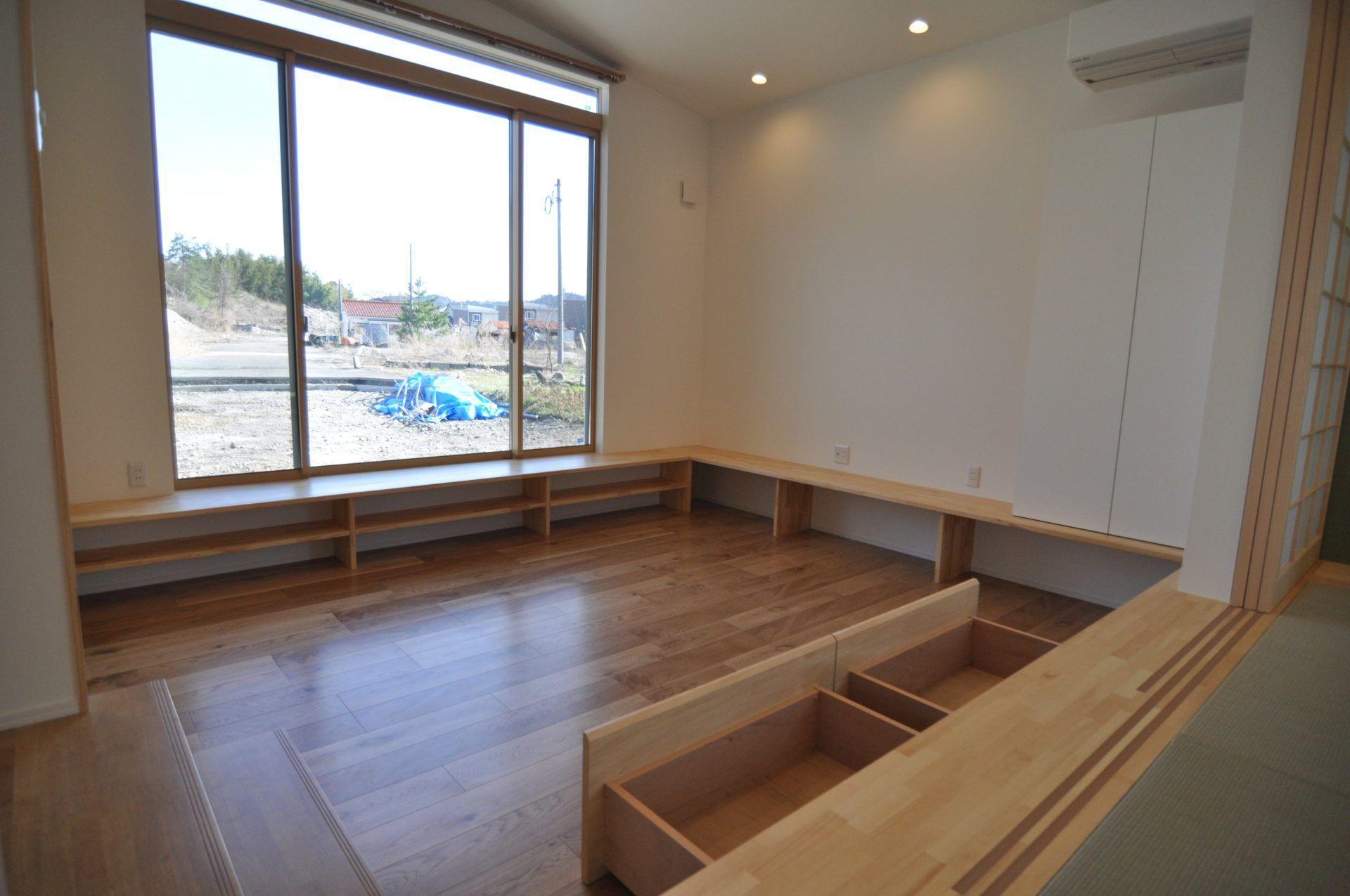 有限会社 市川建築店 1級建築士事務所「加茂市 Y様邸」のシンプル・ナチュラル・モダンなリビング・ダイニングの実例写真