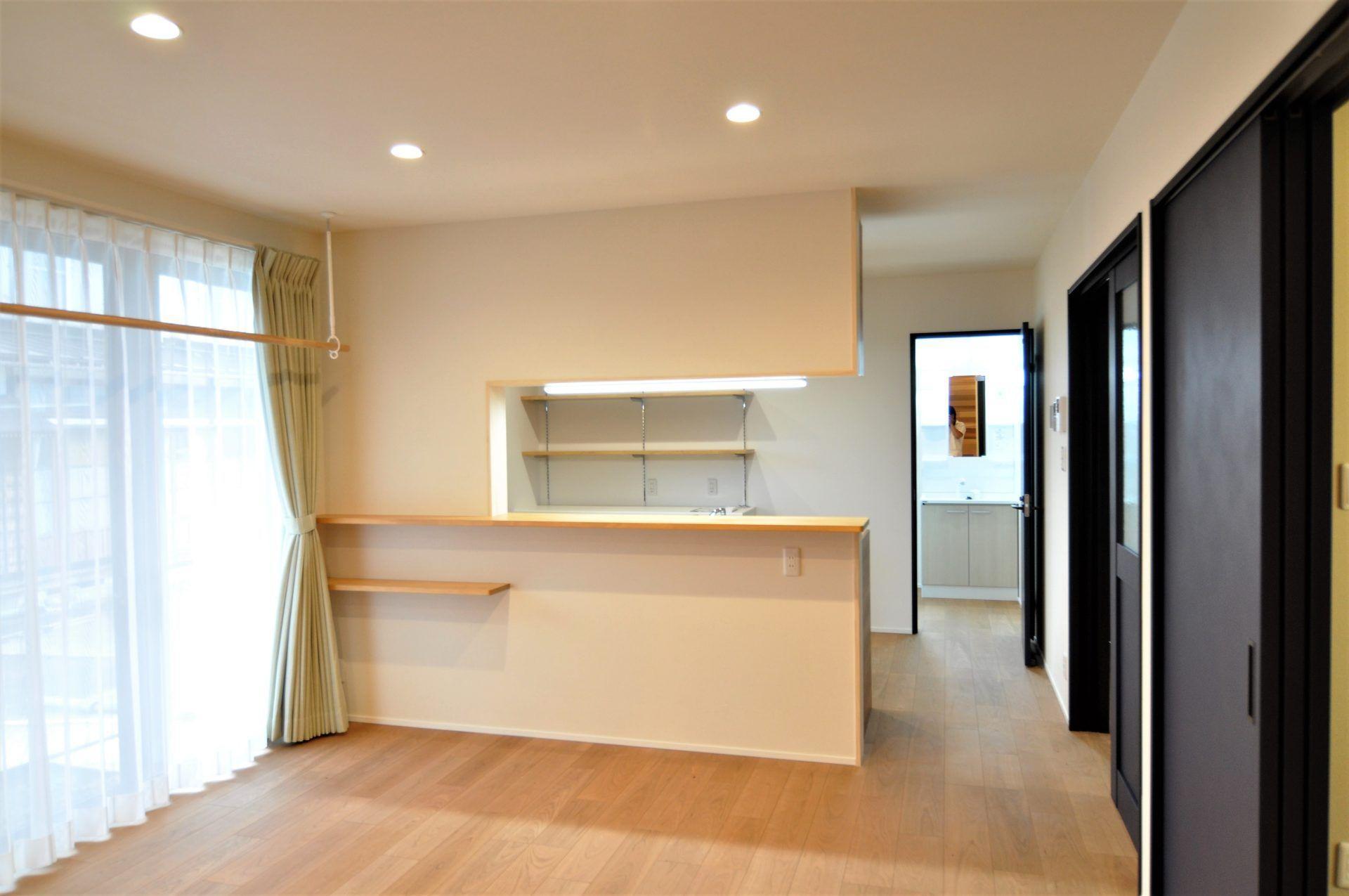 有限会社 市川建築店 1級建築士事務所「三条市 O様邸」のシンプル・ナチュラルなリビング・ダイニングの実例写真