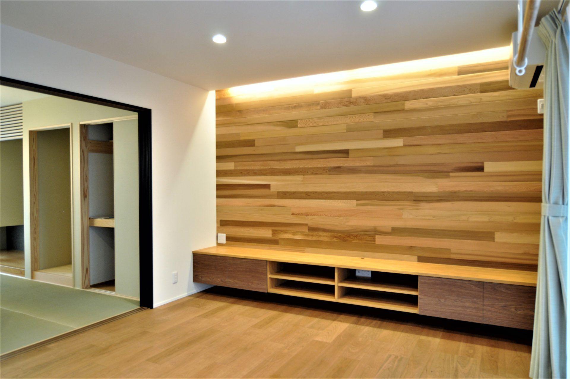 有限会社 市川建築店 1級建築士事務所「三条市 O様邸」のシンプル・ナチュラル・モダンなリビング・ダイニングの実例写真