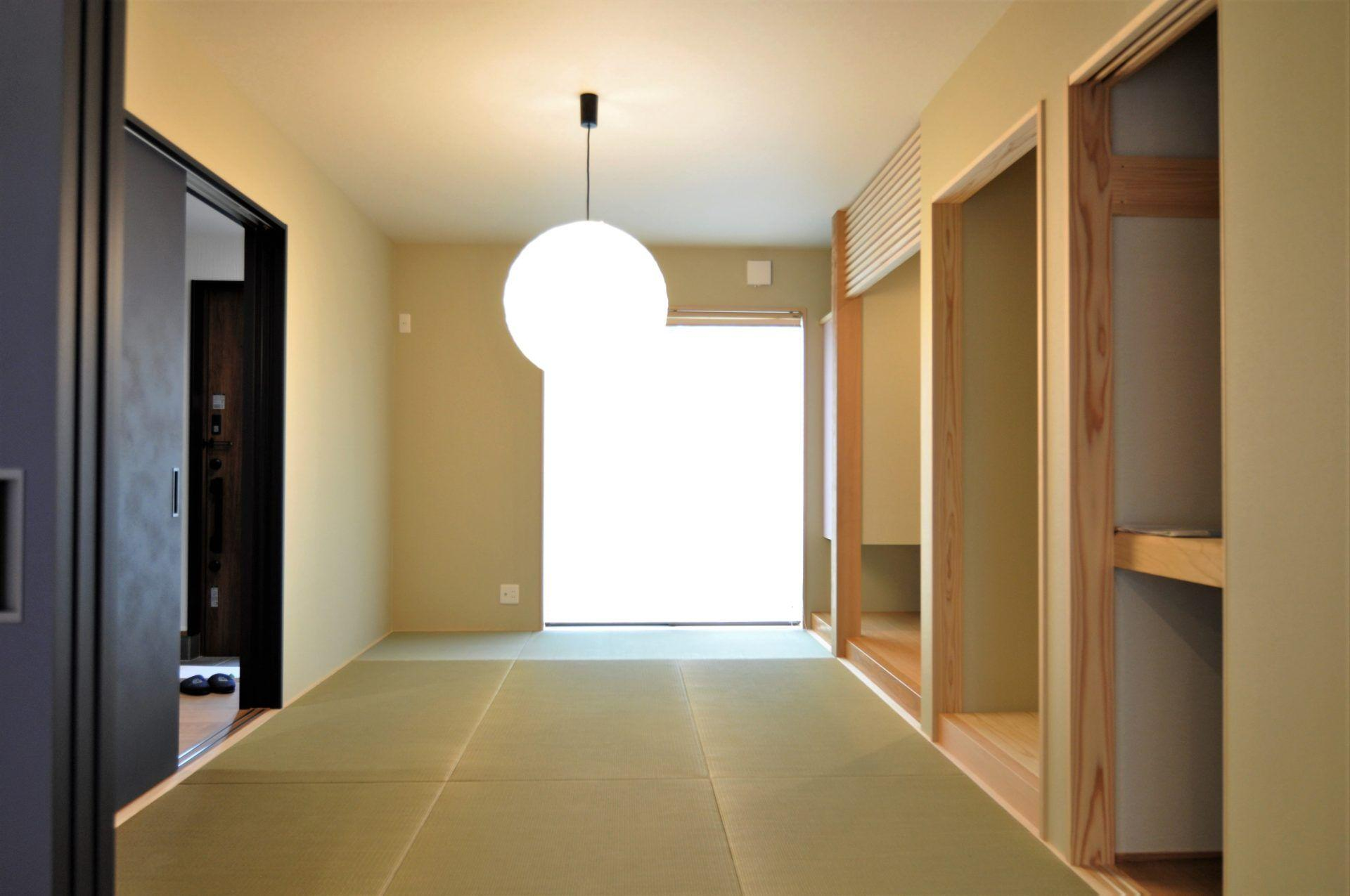 有限会社 市川建築店 1級建築士事務所「三条市 O様邸」の和風・和モダンな居室の実例写真