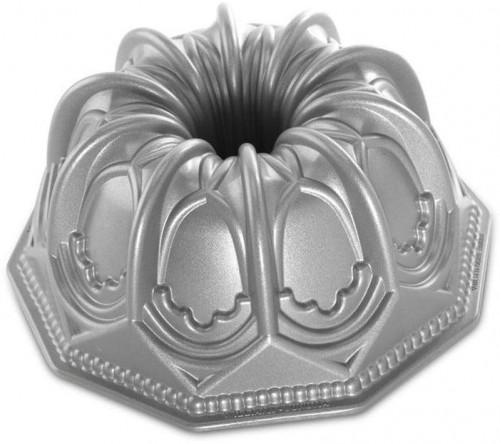 Forma na bábovku v striebornej farbe Nordic Ware Cathedral, 2,1 l