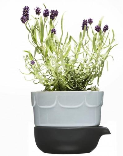 Levanduľový kvetináč Sagaform so zavlažovacou miskou