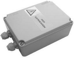 SAPHO - Napájací zdroj pre 1-8 senzorových batérií / sád pre pisoáre, 12V, 50 Hz (PS08T)