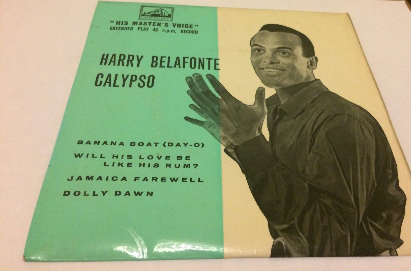 A picture of the album covering of Harry Belafonte's record Calypso.