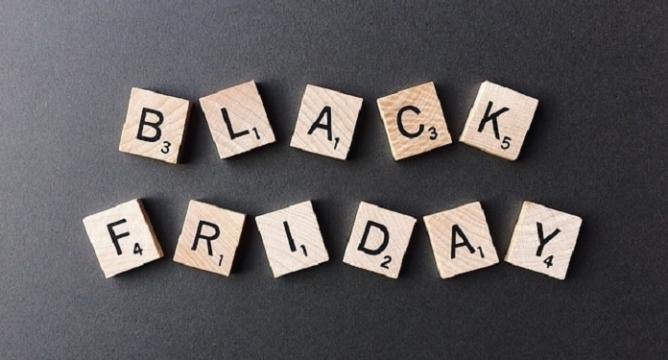 Százezreket nyerhetünk vagy bukhatunk a Black Friday akciókkal