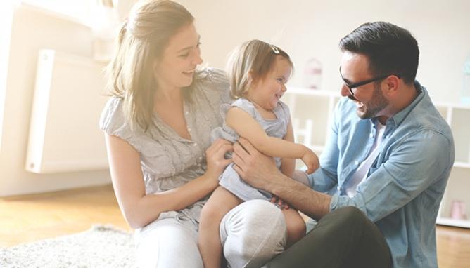 Erről együtt kell döntenie a családnak - jön a babaváró hitel