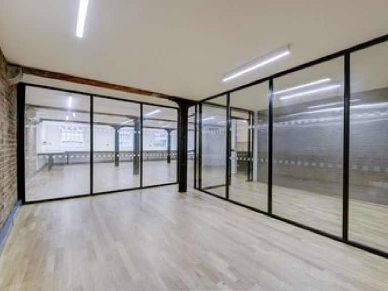 OFFICE TO RENT IN MAIDSTONE BUILDING MEWS, SE1