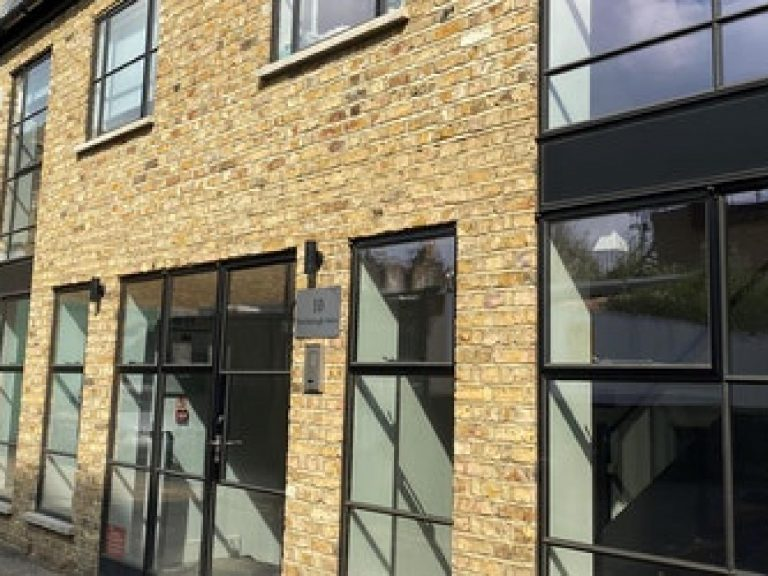 OFFICE TO RENT IN PETERBOROUGH MEWS, SW6