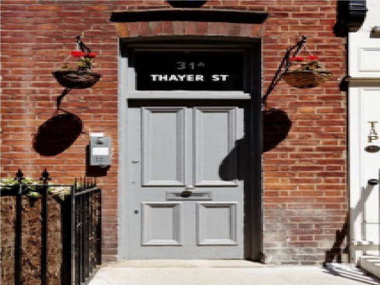 OFFICE TO RENT IN THAYER STREET, W1U
