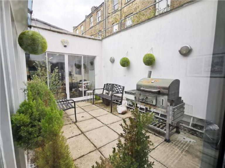 OFFICE TO RENT IN TALBOT ROAD, W11