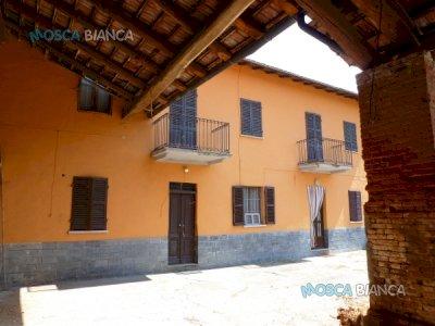 CONFRERIA, Via Cascina Pozzo - RUSTICO con CORTILE e GIARDINO