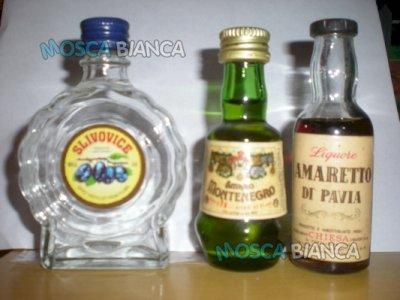 Vendo 3 bottiglie di liquore mignon