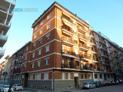 CUNEO, Via San G. Bosco - Piccolo BILOCALE (NON ARREDATO)
