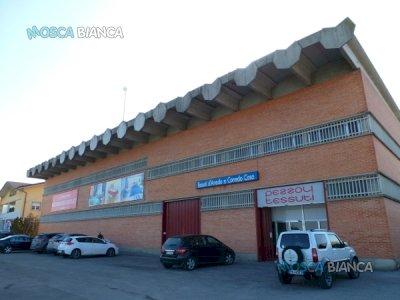 CERVASCA (fraz. San Defendente) - CAPANNONE FRONTE STRADA con PIAZZALE