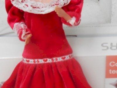bambola nonna della famiglia cuore