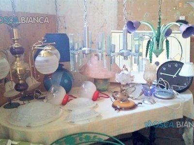 NEGOZIO PRIVATO Di LAMPADARI (LA LUCCIOLA )