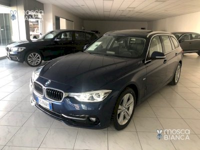 BMW 318 d Touring Sport Autom. - Tetto/Navy/Pelle/Bi-Led