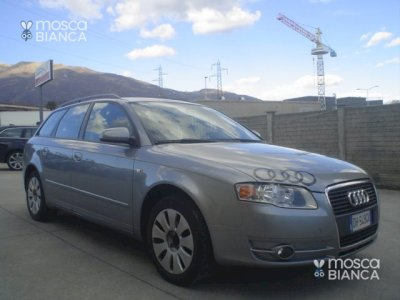 AUDI A4 2.0 16V TDI Avant Top plus + NAVI