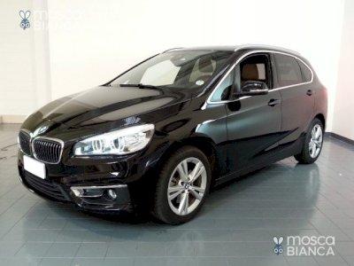 BMW 220 d xDrive Active Tourer Luxury*AUTO+4X4+LED+NAVI PR