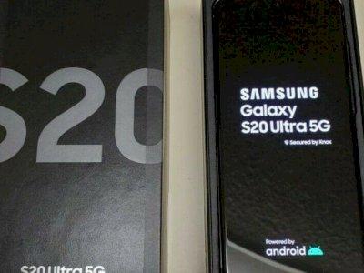 SamsungGalaxyS20128GB = 550 EUR , SamsungS20+ 128GB = 600 EUR , SamsungS20Ultra 128GB = 650 EUR, SamsungZ Flip 256GB= 750 EUR, Whatsapp Chat : +27837724253