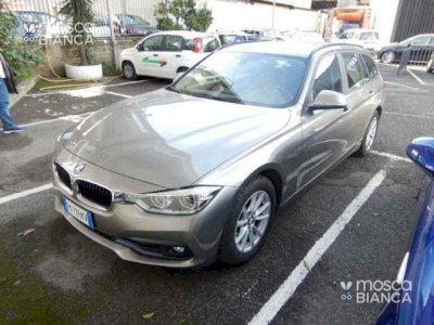 BMW 318 d Touring autom RESTYLING FARI LED NAVI KM CERTIFI