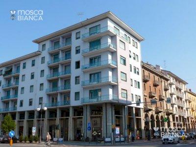 CUNEO, Piazza Europa - BILOCALE ARREDATO