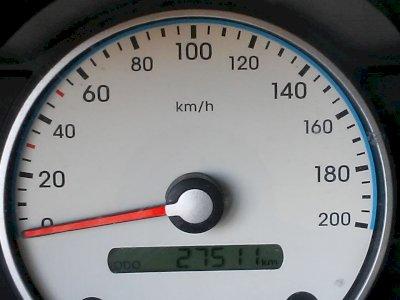 Vendo auto J 10