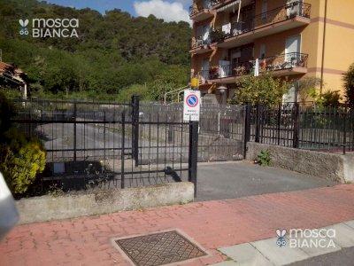 ANDORA POSTEGGIO PER AUTO/MOTO