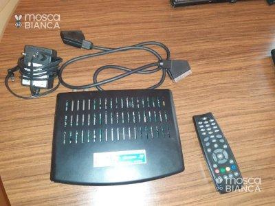DECODER DIGITALE TERRESTRE I-CAN 2000T PLUS DV3 MPH SCART