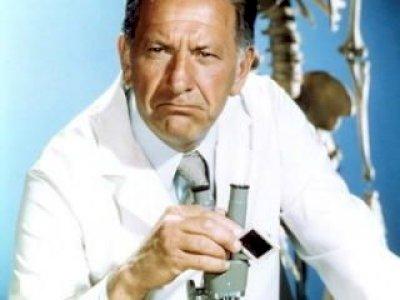 Quincy M.E serie tv completa anni 70-80-Jack Klugman