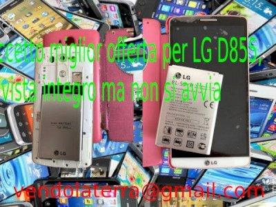 Accetto miglior offerta per LG D855, a vista integro ma non si avvia, non si avvia.