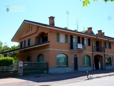 CONFRERIA, Via Valle Maira - CASA INDIPENDENTE con GIARDINO e CORTILE