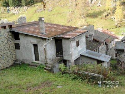Baita in valle Bondone 1250m.