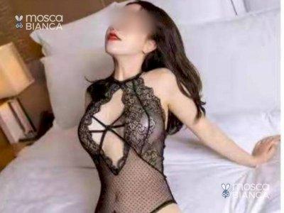 LUCY ORIENTALE SEXY FACCIO TUTTO E QUANDO DICO TUTTO è TUTTO COMPLETISSIMA