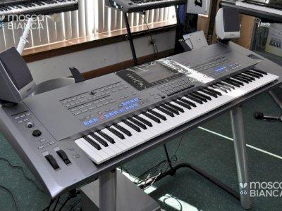 Yamaha PSR SX900, Korg Pa4X 76, Roland JUNO +1 825 994-3253