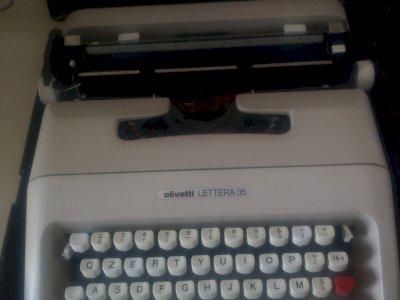 Olivetti lettera 35 macchina per scrivere