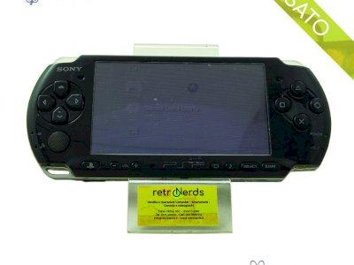 Sony PSP + Telecamera + 2 Giochi Invizimals - USATI
