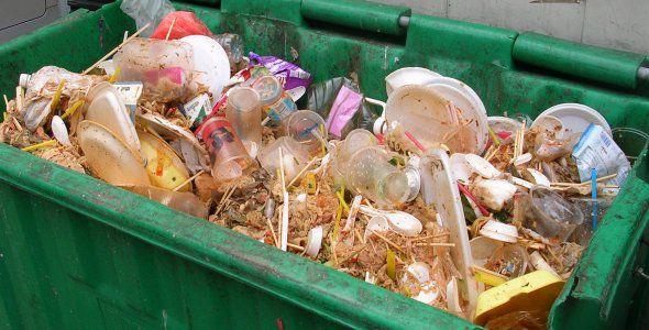 EKKO: muoviton take away -kierrätysastia