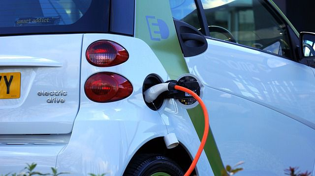 Sähköautot tutuksi
