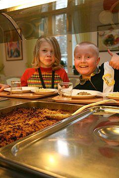 Vastuulliset teot Lappeenrannan steinerkoulun ruokapalveluissa