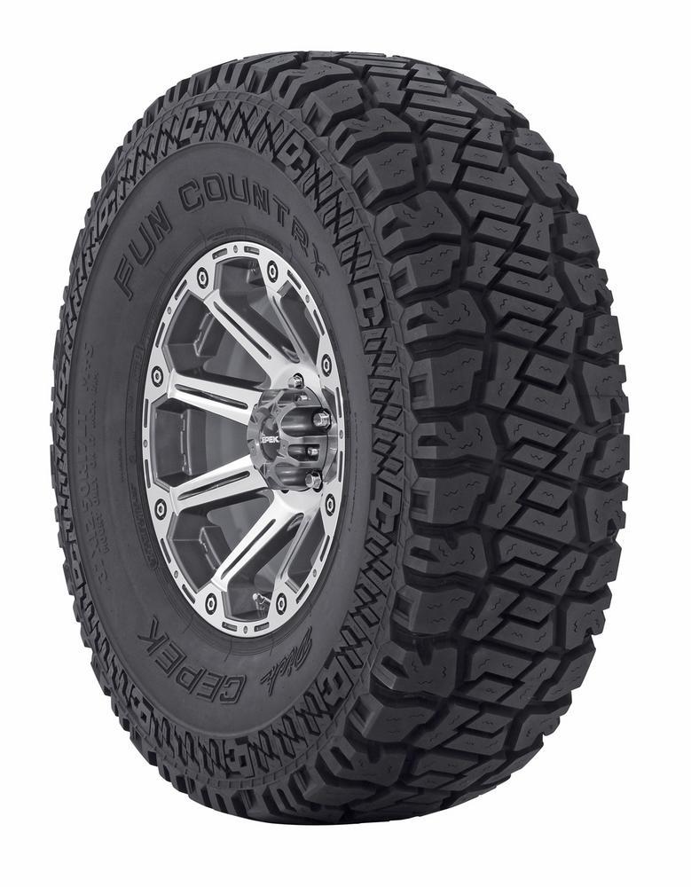 Mickey Thompson  90000001950 Dick Cepek Fun Country Tire 31X10.50R15LT Blk