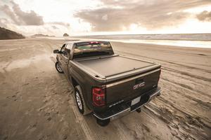 Roll-N-Lock BT109A Roll-N-Lock A-Series Truck Bed Cover