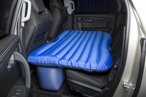 Airbedz INFLATABLE REAR SEAT AIR MATTRESS MID-SIZE JEEPS CARs & MID-SIZE TRUCKS