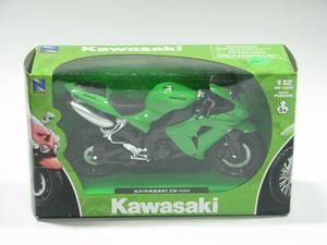 New Ray Toys 1:12 2006 Kawasaki ZX-10R Green 42447
