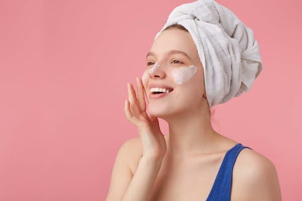 Le spazzole a ultrasuoni più efficaci per la pulizia del viso