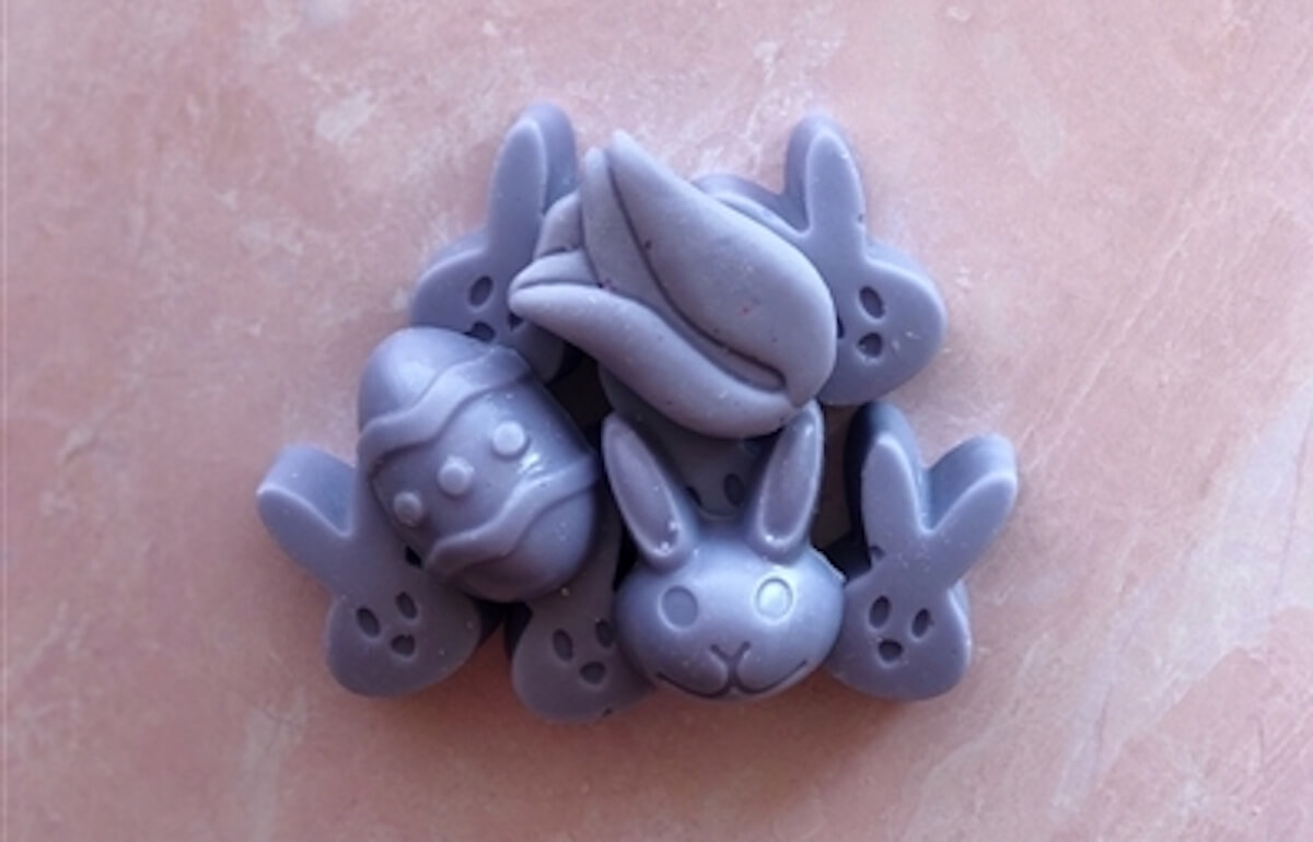Image of Easter-themed wax melts by Vintage Chic Scents