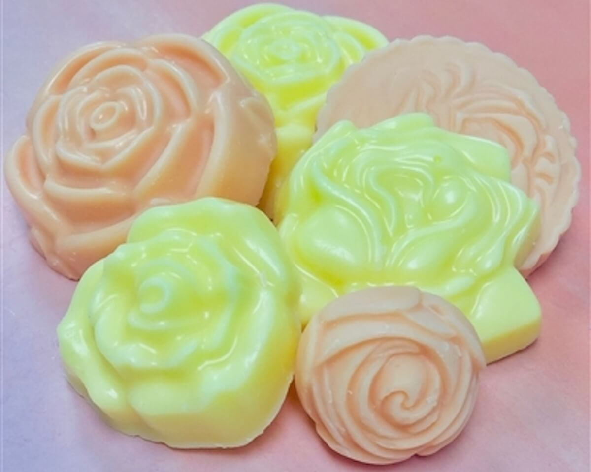 Image of floral wax melts by Vintage Chic Scents