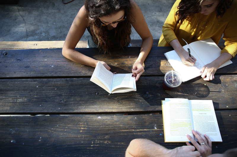 girls reading to understand
