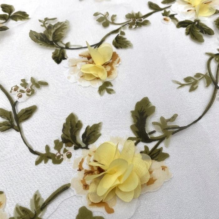 Tecido Organza Estampada com Flores 3D em Musseline Amarelo